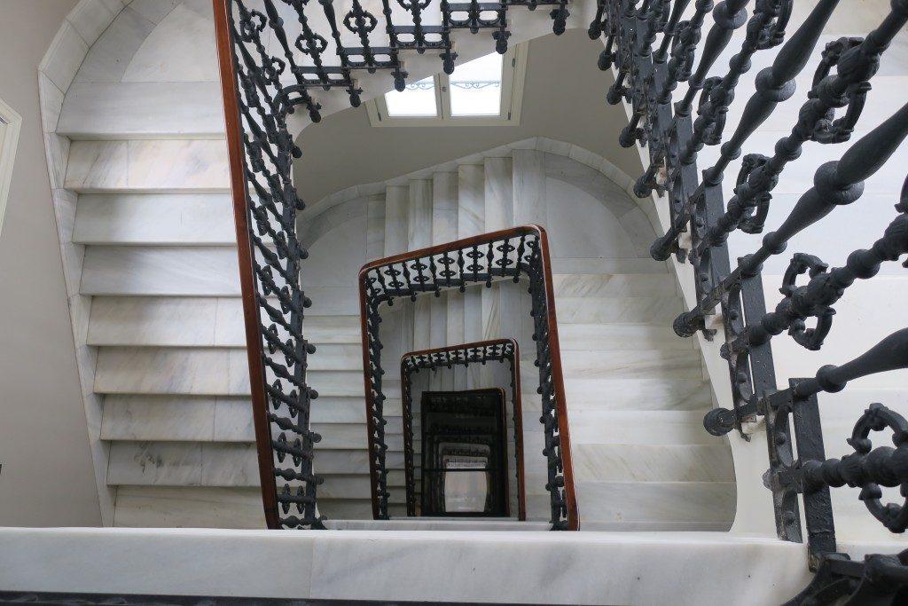 escalier Hotel NH Collection Madrid Gran Via - DR Melle Bon Plan 2018