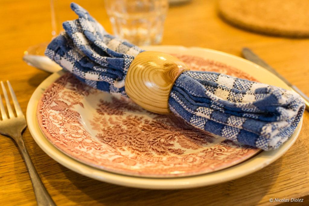 assiette et serviette Papy aux fourneaux Paris