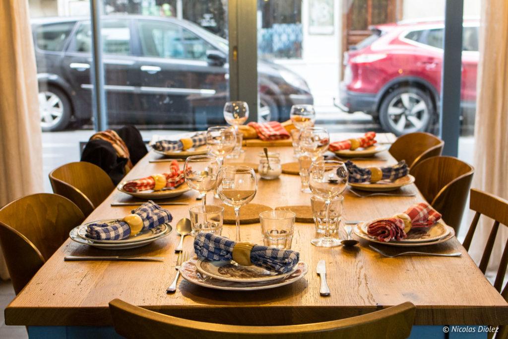table Papy aux fourneaux Paris