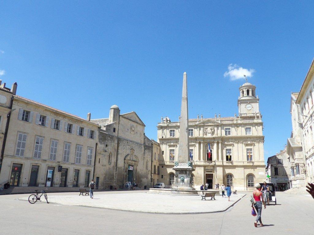 place de la République Arles