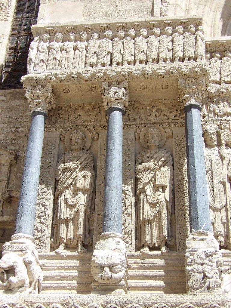 facade église Saint-Trophime Arles
