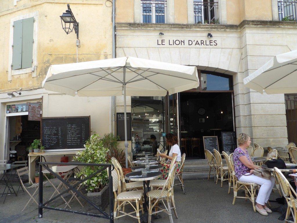 terrasse Restaurant Le Lion d'Arles
