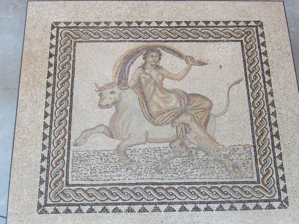 mosaïque musée de l'Arles Antique