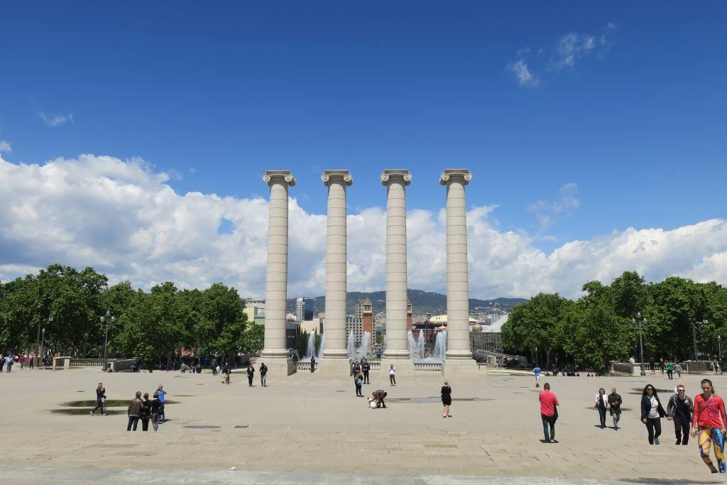 colonnes Montjuïc Barcelone