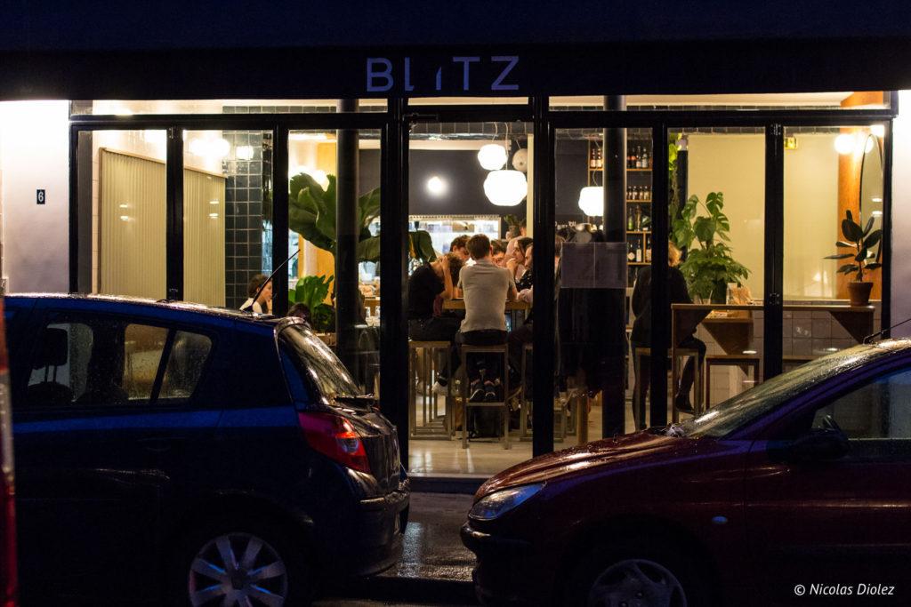 Façade restaurant Blitz Paris