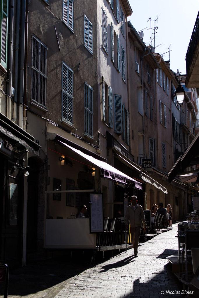 Silhouette dans le quartier du Suquet, Cannes - DR Nicolas Diolez 2018