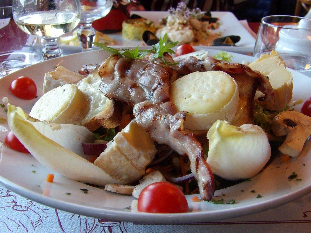 salade fromagère Café de Paris Bagnoles de l'Orne