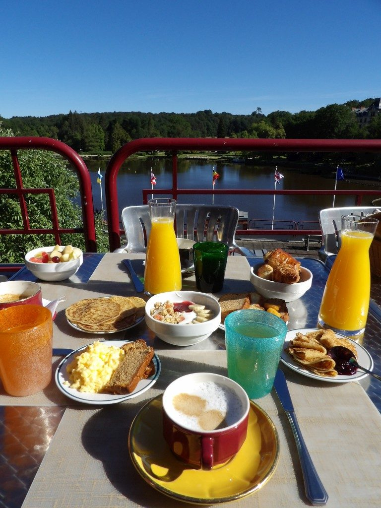 petit déjeuner Hôtel du Béryl Bagnoles de l'Orne