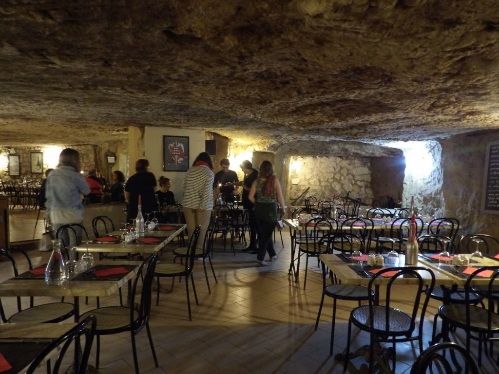 salle restaurant La cave aux Moines
