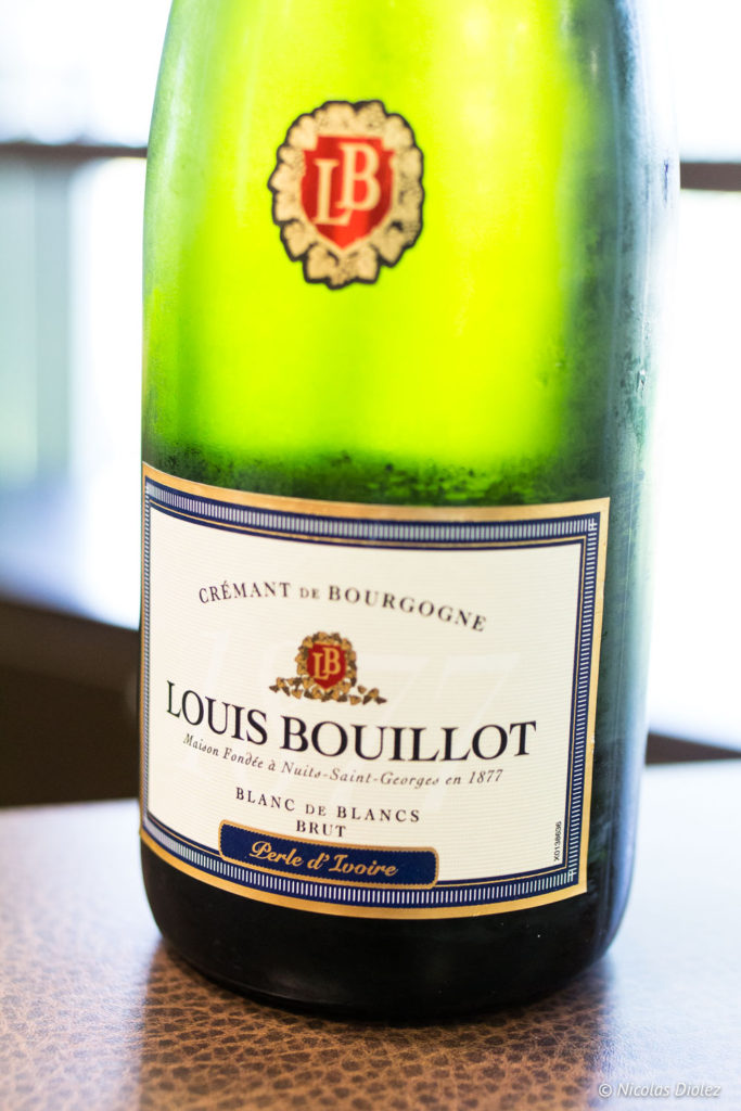 Bouteille Louis Bouillot Bourgogne