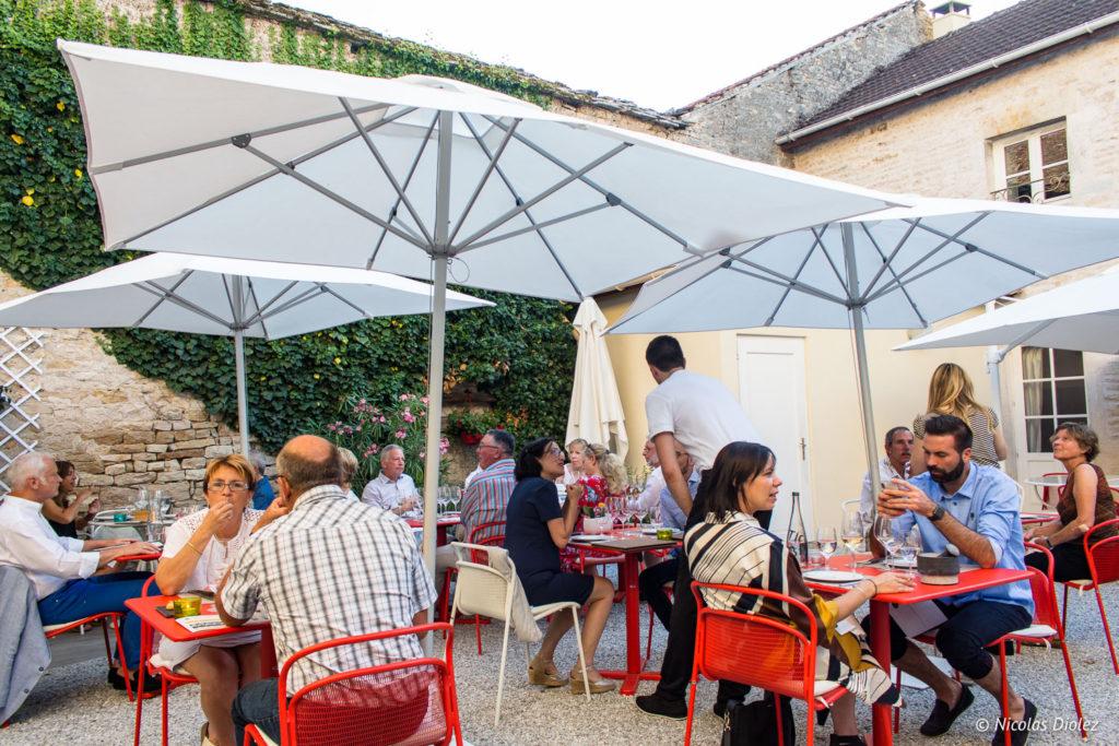 terrasse restaurant Olivier Leflaire Puligny-Montrachet