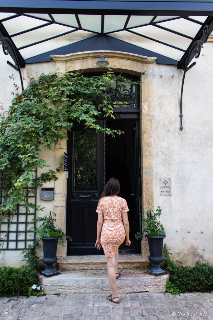 entrée La Maison des Courtines Beaune