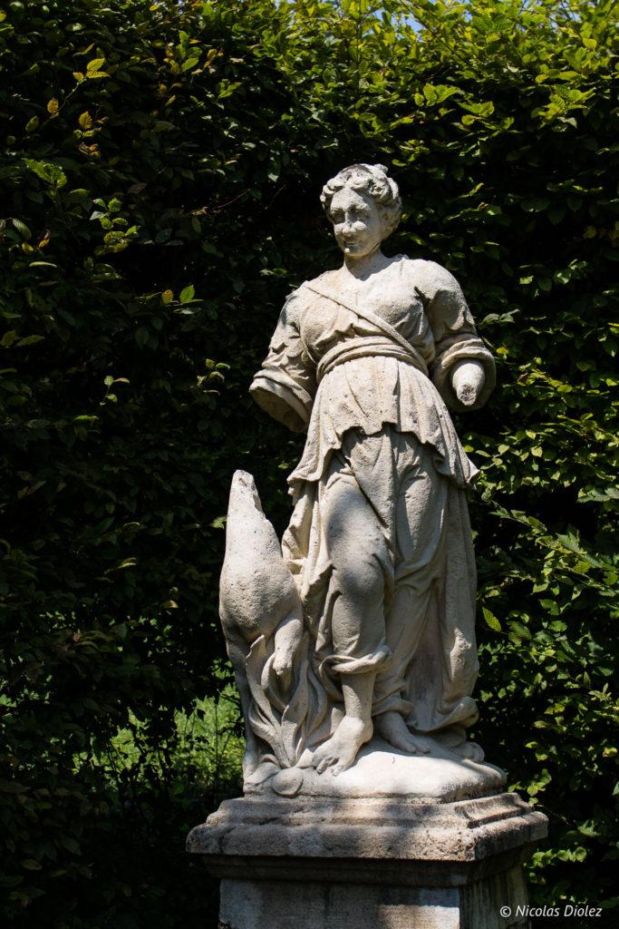 statue Jardin de Silière Cohons