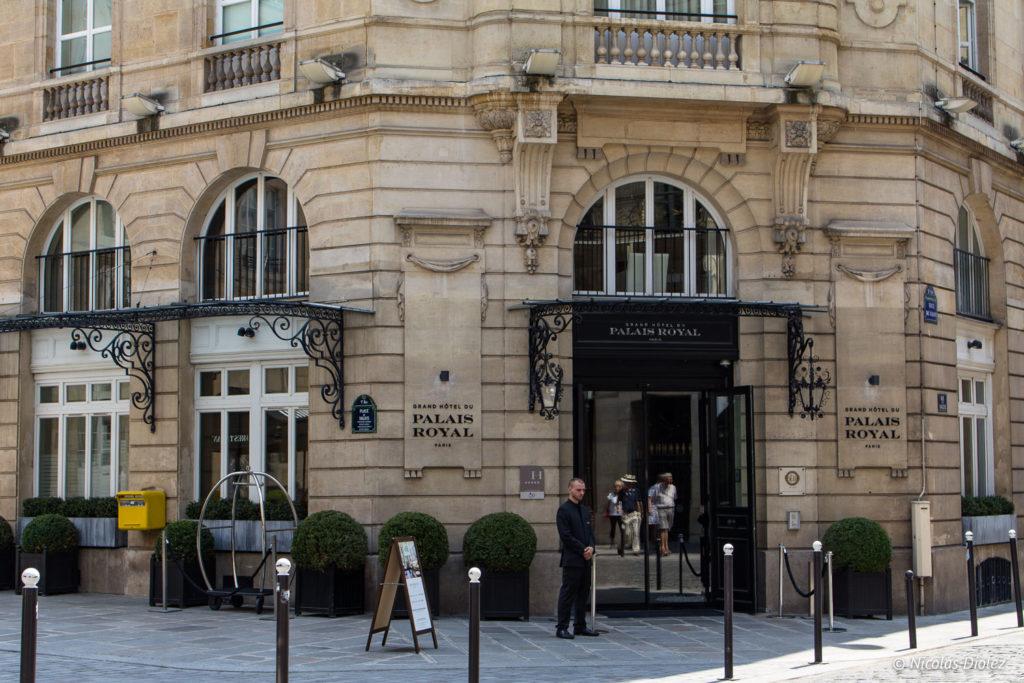 façade Restaurant Le Lulli Grand Hôtel du Palais Royal