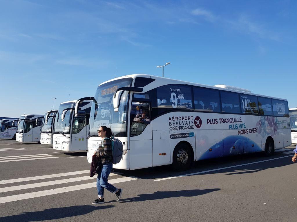 bus Ryanair Beauvais