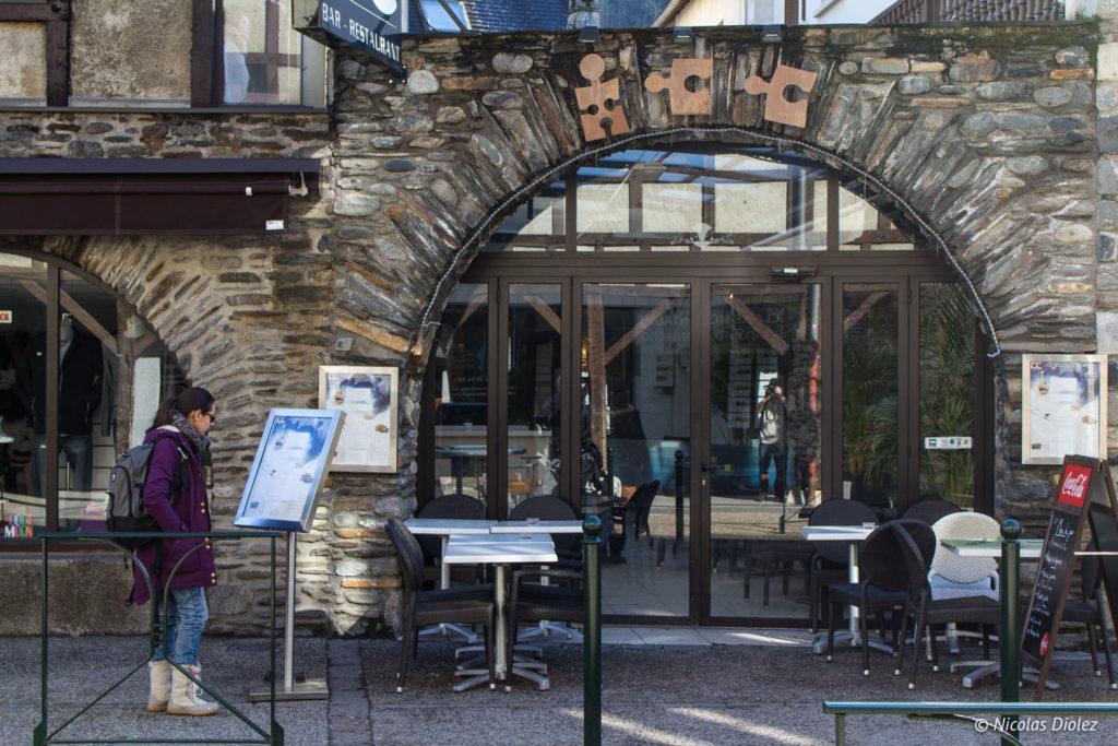 façade Izard Café Central Saint-Lary Pyrénées
