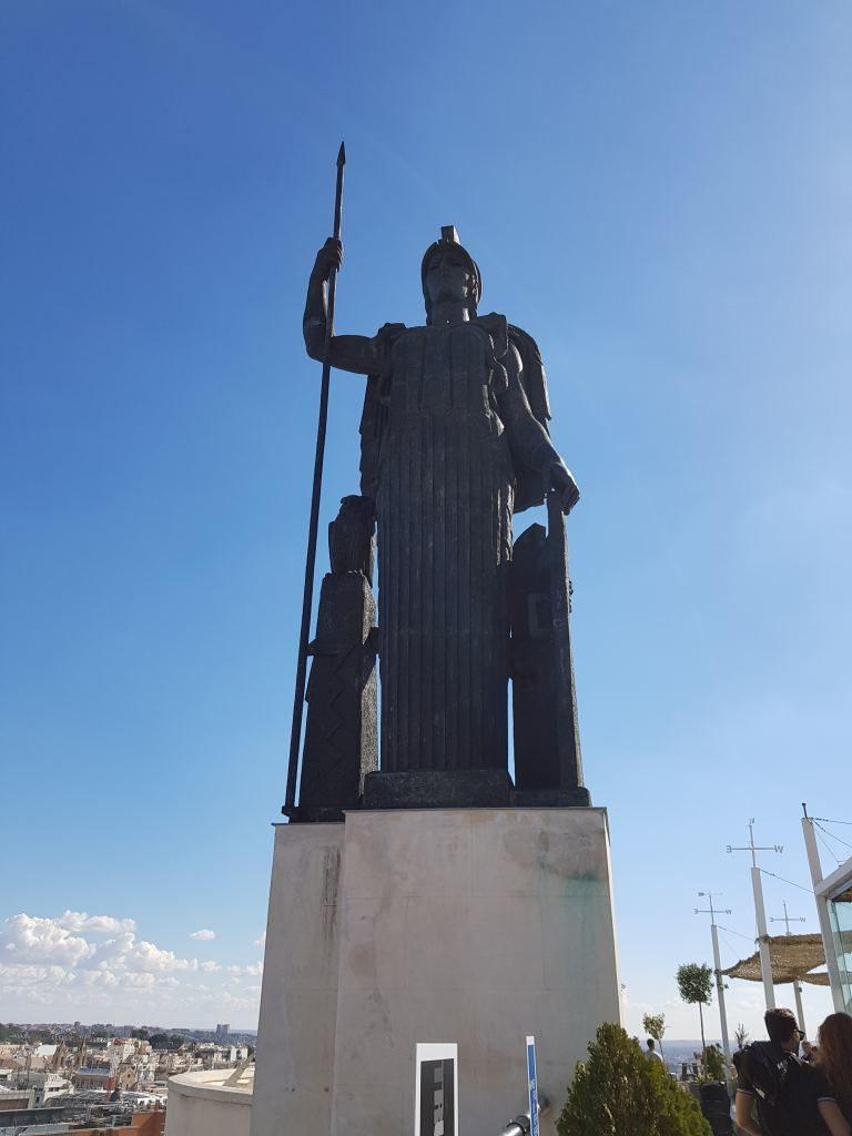 statue Circulo Bellas Artes Madrid