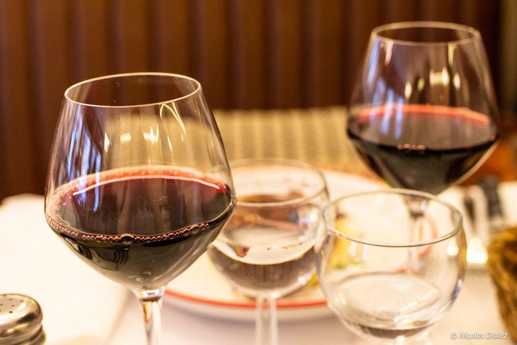 vins Restaurant Lorette et les Garçons Paris