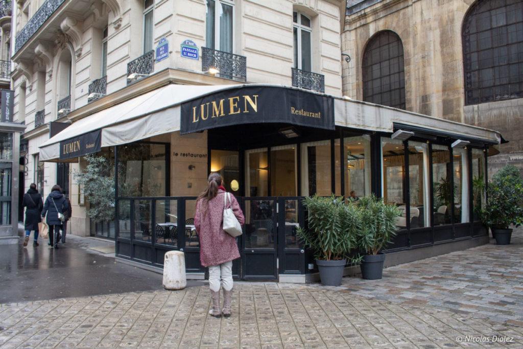 Façade restaurant Lumen Paris