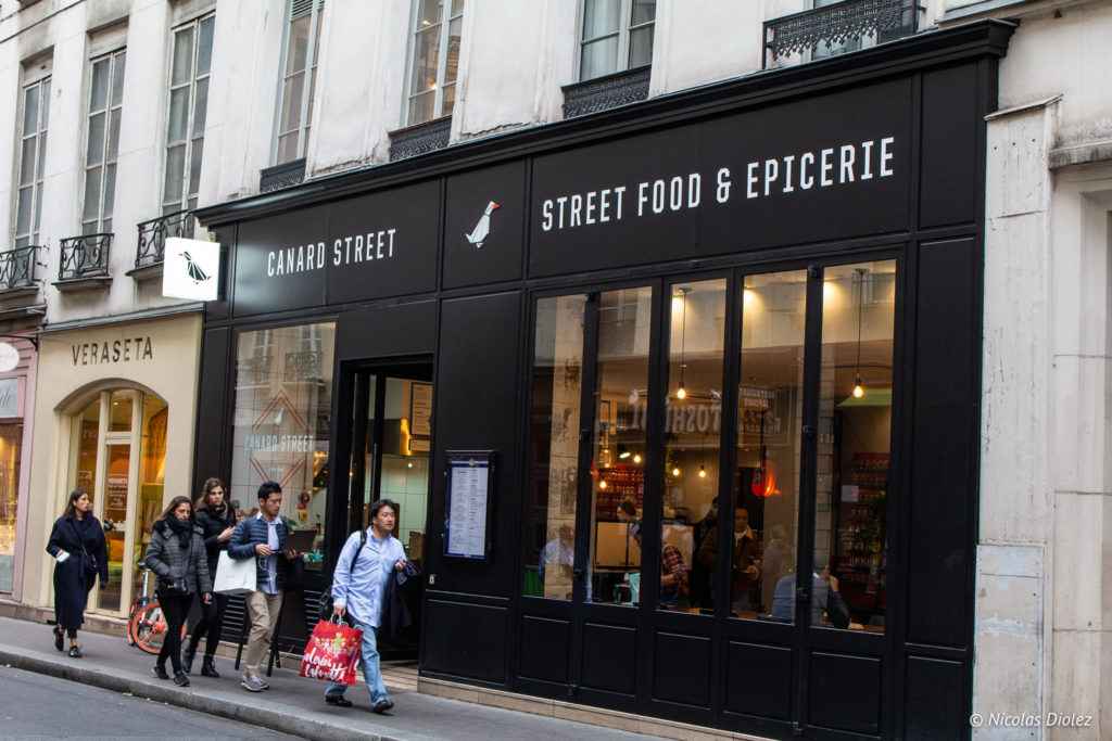 façade Canard Street Paris