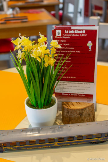 fleurs Les Tables de la Gare Neufchâtel